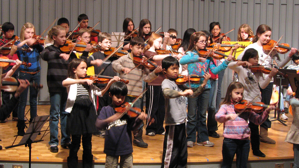 string-academy-of-wisconsin-saw-spangled-banner-11